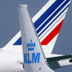 Air France-KLM nows owns 25% of Alitalia